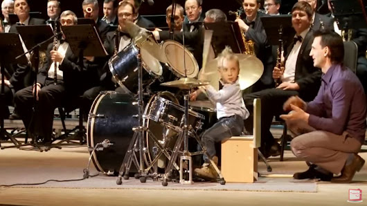3 Year Old Drummer Walks On Stage, Takes The Lead & Blows Everyone Away! - Faithreel.com