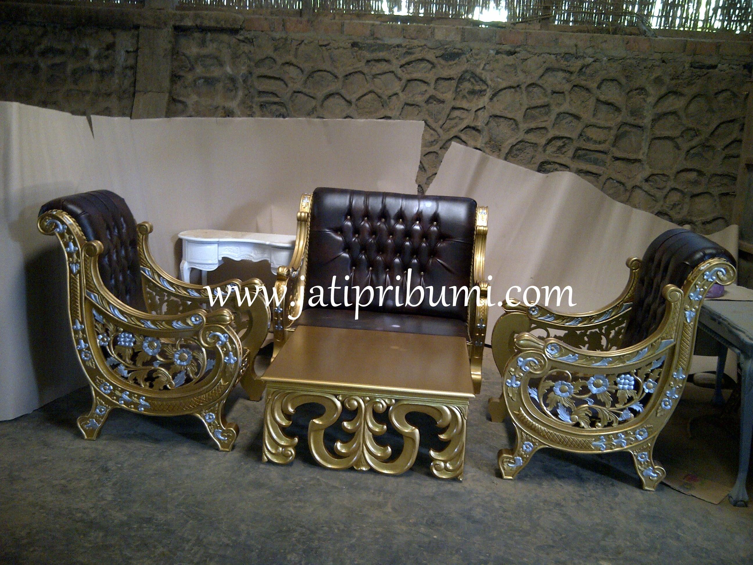 Kursi Tamu Mewah Raffi Ahmad Jati Pribumi