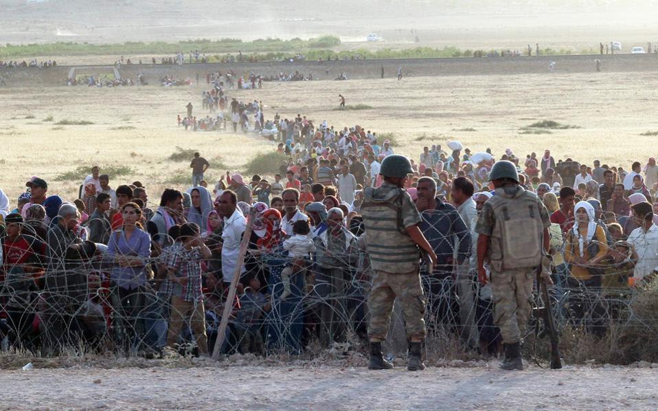Η Τουρκία άνοιξε τα σύνορα στους Κούρδους της Συρίας