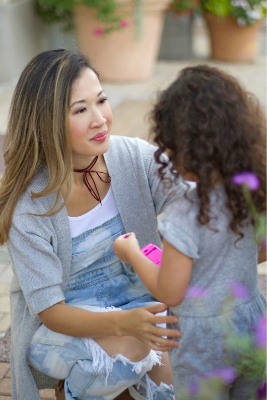 Mom Style: Distressed Overalls - A Beautiful RAWR