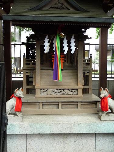 Shinto shrine, Harajuku by marymcarthur2003