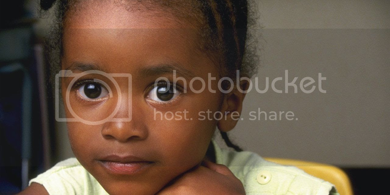photo black-girl-with-beautiful-eyes-horiz-1.jpg