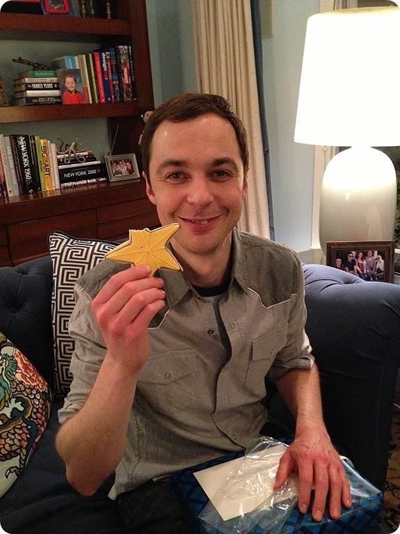 jim parsons bakeat350 star photo jimparsonstarrounded.jpg