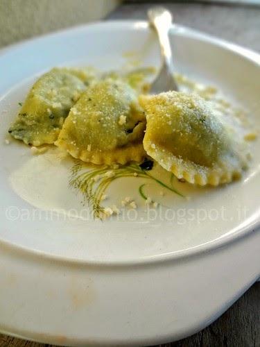 Ravioli ricotta e spinaci con semola di grano duro