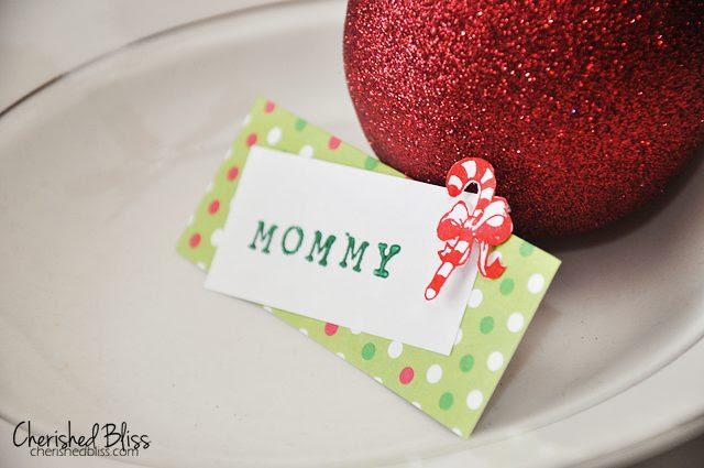 DIY Christmas Place Cards tutorial via Cherishedbliss.com #christmas