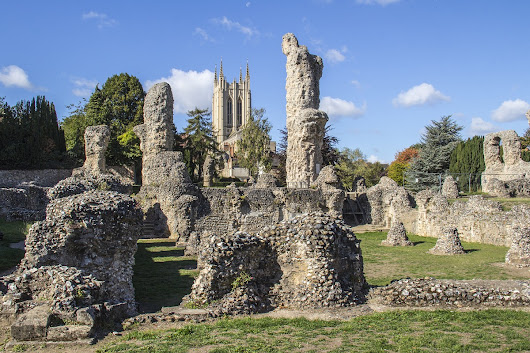 Bury St Edmunds and the Inheritance from its Abbey