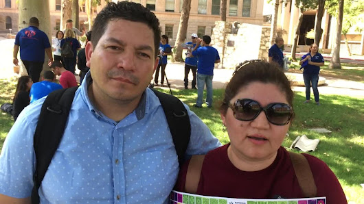 Immigrants protesting phase-out of Temporary Status Protections