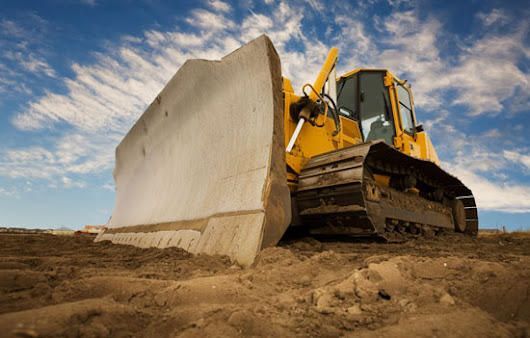 Staying Safe Around Heavy Equipment