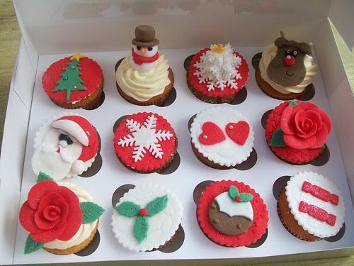 christmas cupcakes cakeeybakey