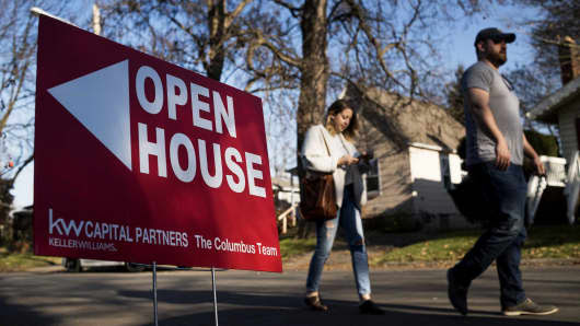 Mortgage applications shoot up 8.3% to start the year