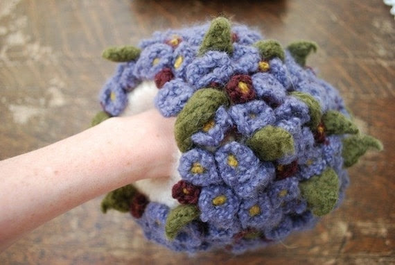 tiny violet hand puff CROCHET PATTERN