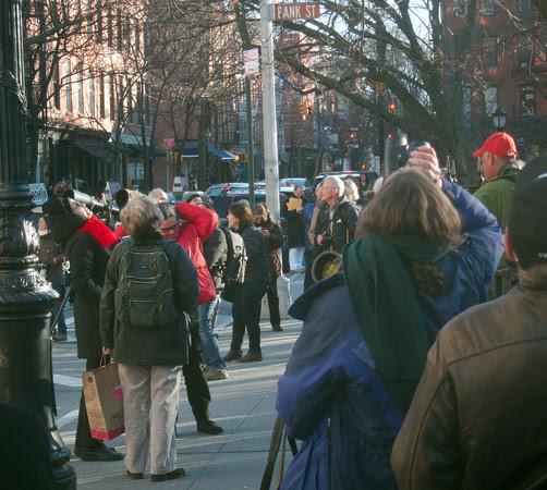 Ed Gaillard: street scenes &emdash; Bird paparazzi, Abingdon Square