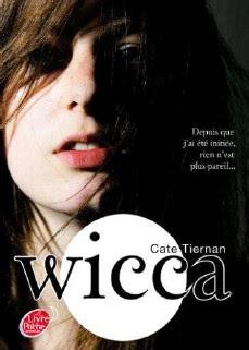 http://lesvictimesdelouve.blogspot.fr/2013/05/wicca-tome-1-de-cate-tiernan.html