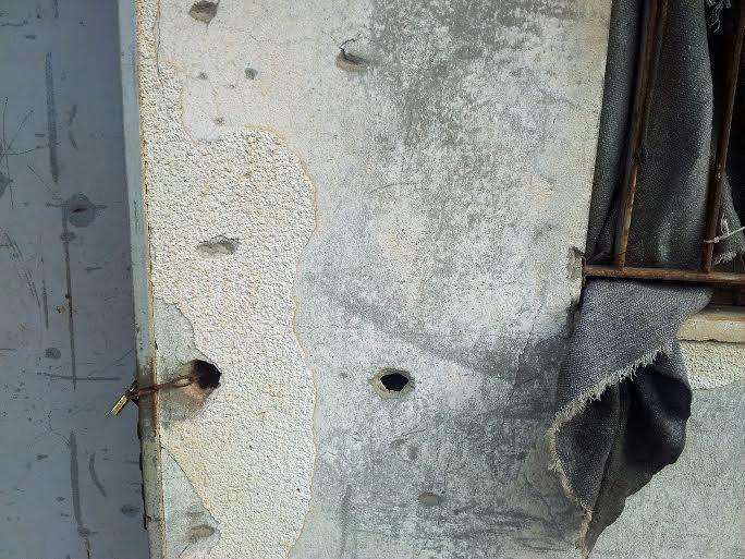 La casa di Shaad e Salwa colpita dalle schegge (foto Federica Iezzi)