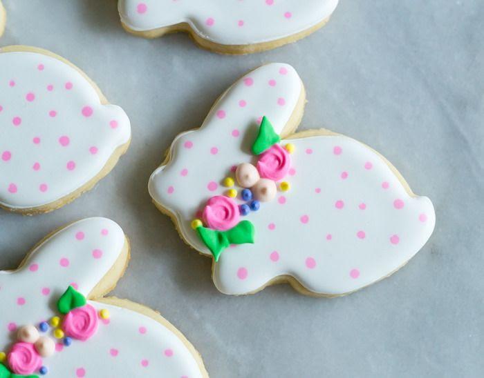 polka dot bunny cookies