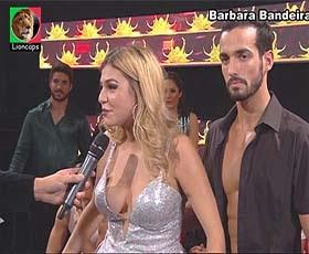 Barbara Bandeira sensual no programa Dança com estrelas
