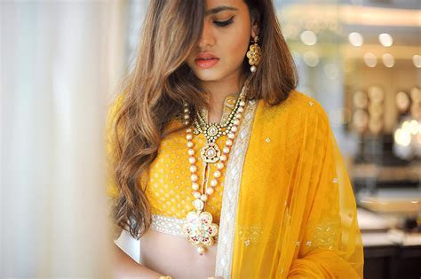 Fashion Fads For The Curvy Indian Bride!