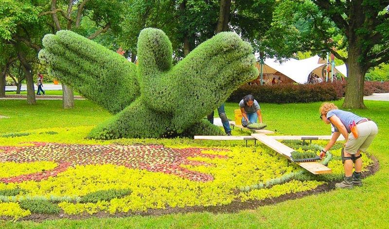 """perierga.gr - Mosaiculture: Εκπληκτική έκθεση """"πράσινων"""" γλυπτών!"""