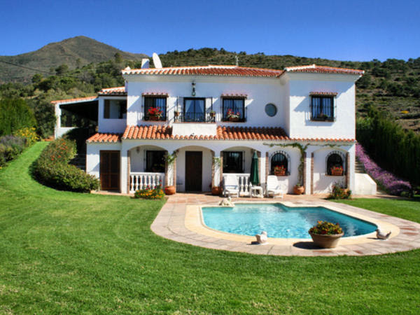 4 bedroom country house for sale in La Acedia Casares