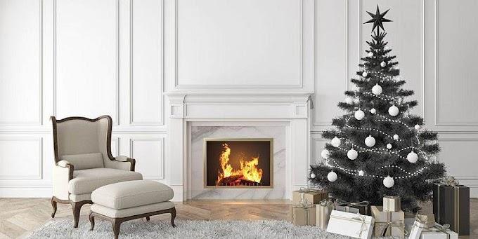 Τα μαύρα Χριστουγεννιάτικα δέντρα κλέβουν την παράσταση