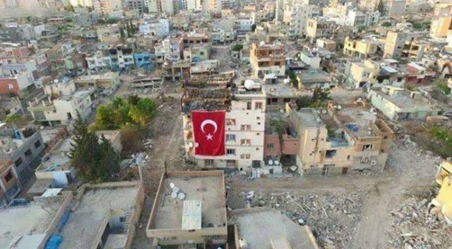 nusaybin-temizlendi-binalar-turk-bayraklari-ile-suslendi-1463141650