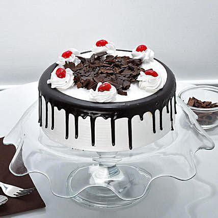 Black Forest Cake Half kg   Gift Black Forest Cakes Half