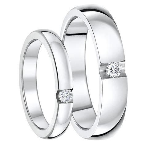 His & Hers 3&5mm Titanium Rings CZ Stone Engagement