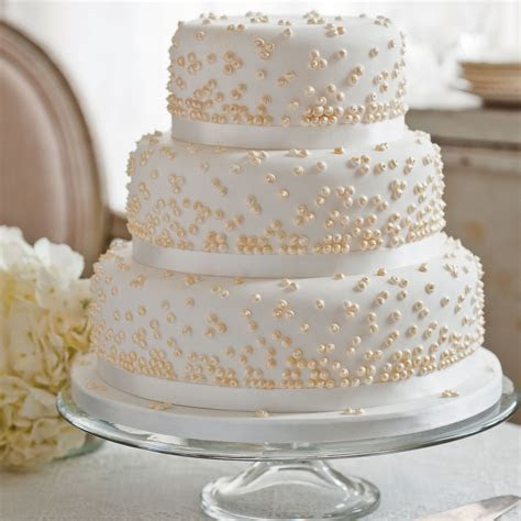 Grace Kelly Wedding Cake   Dessert Recipes   Woman&home