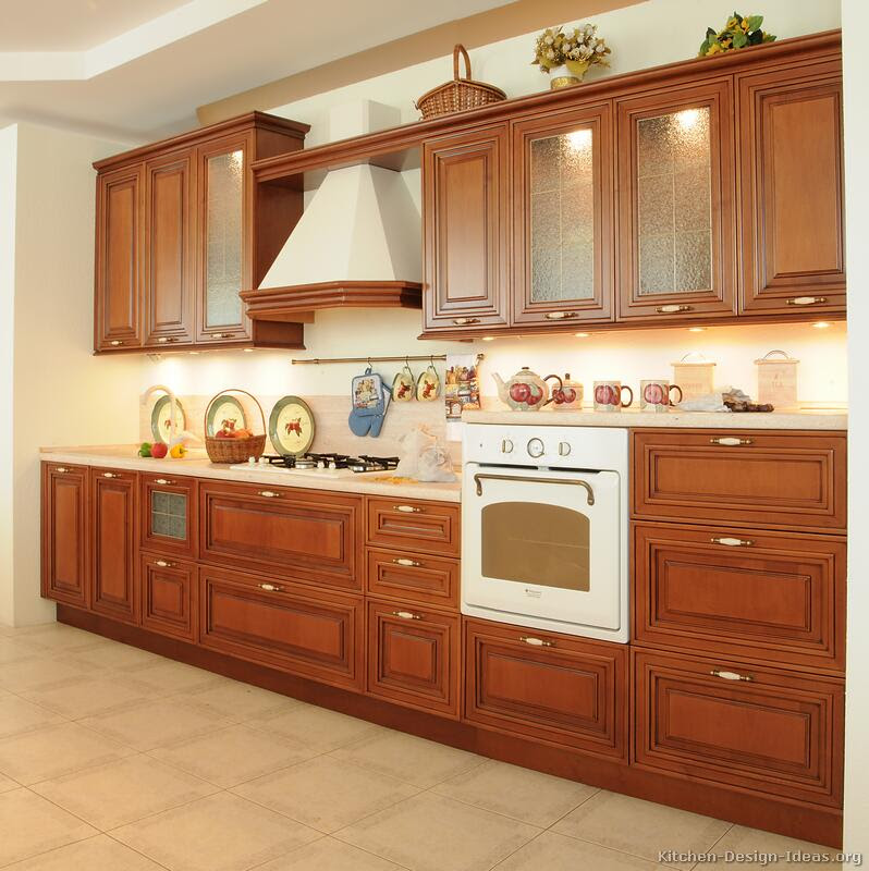 Pictures of Kitchens  Traditional  Medium Wood Kitchens, CherryColor