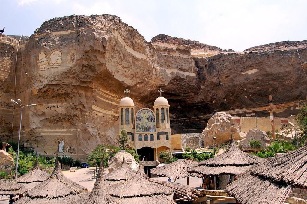 A incrível Igreja da Caverna dos Zabbaleens no Cairo 03