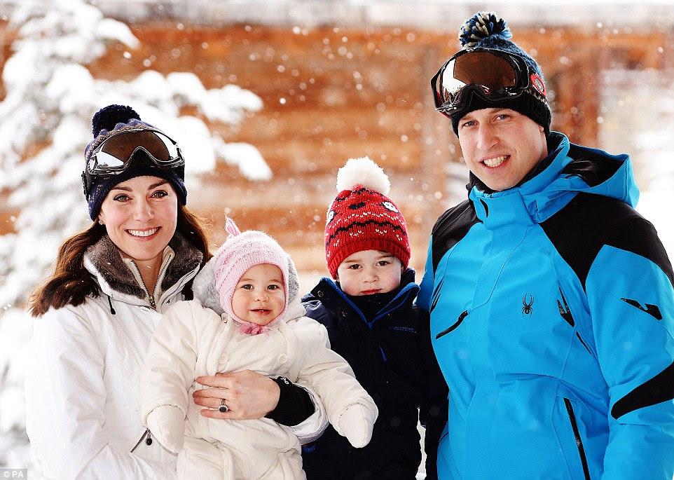 Nowe zdjęcia księżnej i księcia Cambridge z dziećmi! + więcej.