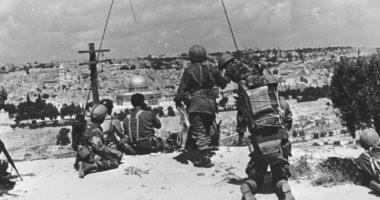 وثائق إسرائيل السرية عن 67.. أشكول طالب ديان بتوطين الفلسطينيين فى سيناء