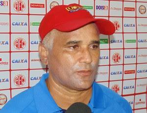 Oliveira Canindé, técnico do América-RN (Foto: Jocaff Souza)