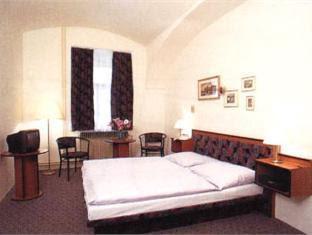 Review Hotel Merkur