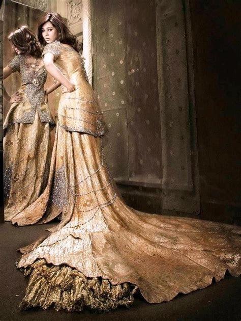 Pakistani Designer Nilofer Shahid Bridal and Mehdi