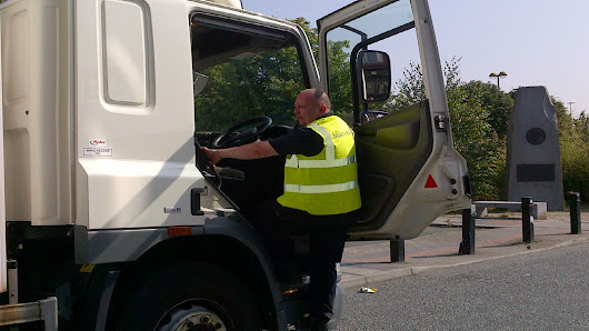 Department for transport: Give lorry drivers clean, working toilet facilities that meet minimum standards