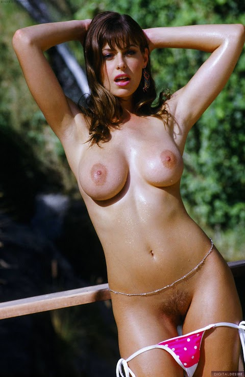 Ginger Jolie Nude Pictures Exposed (#1 Uncensored)