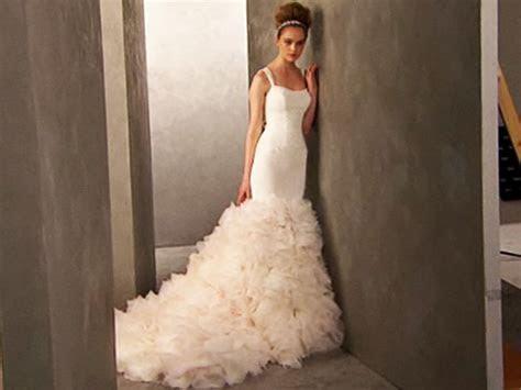 Kim Kardashian's Vera Wang wedding gowns to sell at David