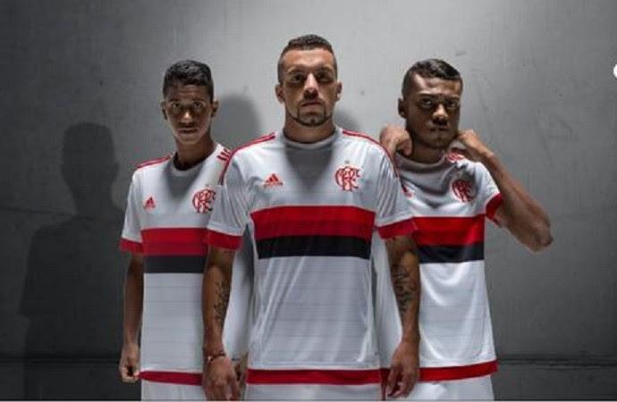 Camisa branca Flamengo maior (Foto: Divulgação)