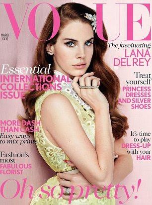 Lana del Rey na capa da Vogue britânica este mês