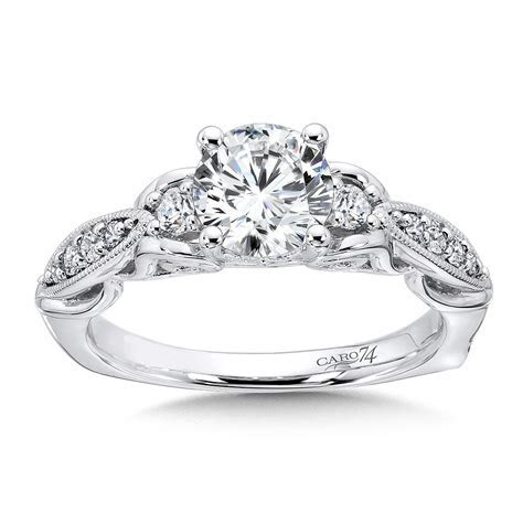 Caro74   3 Stone Engagement Ring in 14K White Gold with