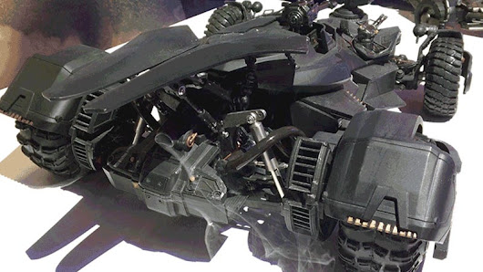 This RC Batmobile Has a Real Working Exhaust That Blows Smoke and Our Minds