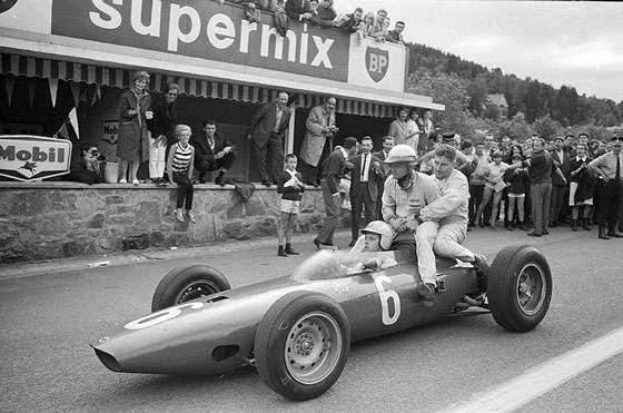 GP da Bélgica de 1964: o italiano Giancarlo Baghetti, o norte-americano Philip Toll Hill Jr. e o belga Lucien Bianchi