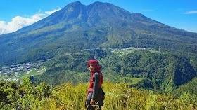Gambar Pemandangan Gunung Lawu