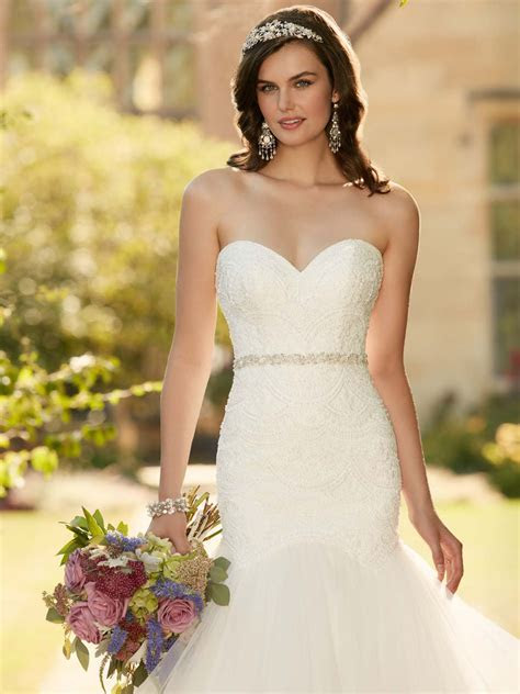 Essense Of Australia D2029 Sweetheart Fit And Flare Bridal