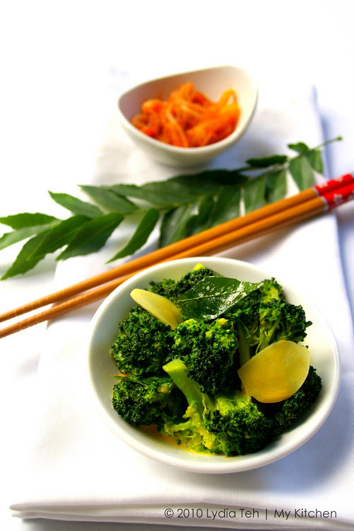 Curry Flavoured Creamy Broccoli