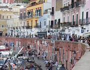 Il porticciolo dell'isola di Ponza (Jpeg)