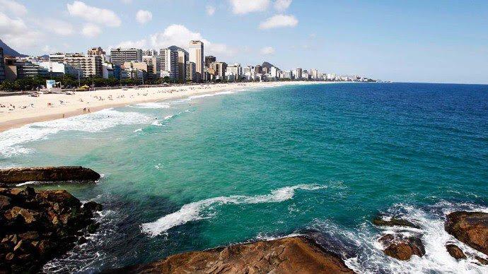 praia-leblon-rio-de-janeiro-20120402-01-original