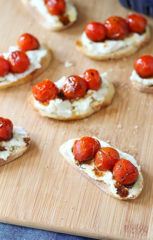 Roasted Tomato and Ricotta Cheese Crostini Recipe