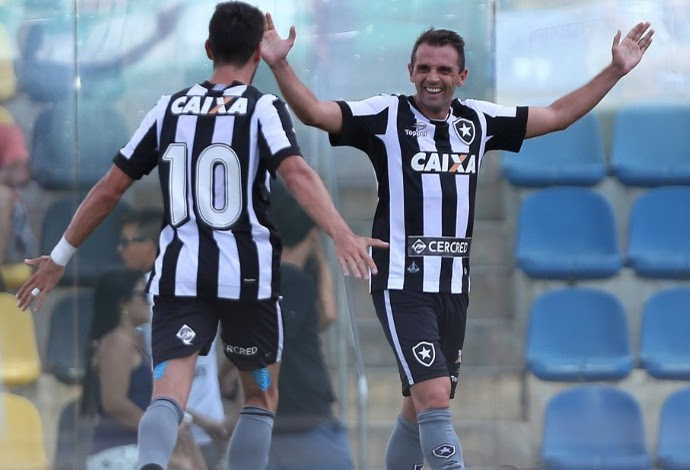 Montillo Botafogo (Foto: Twitter do Botafogo)